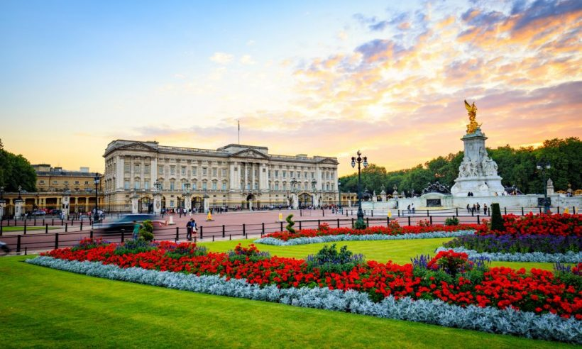 sh_457812985-buckingham-palace-2000×1200-1024×614